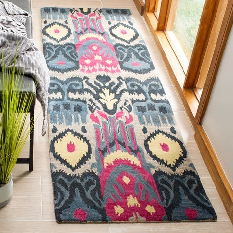 SAFAVIEH Handmade Ikat Chyna Modern Wool Rug