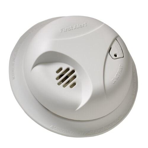 First Alert FATSA303CN3W First Alert Battery-powered Smoke Alarm