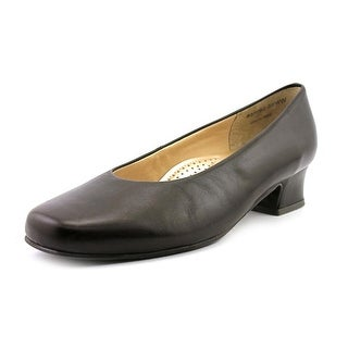 Mark Lemp By Walking Cradles Callie Women Square Toe Leather Brown Heels
