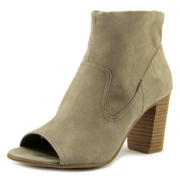 Fergalicious Dazzle Women Taupe Boots