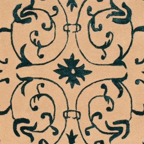 Safavieh Handmade French Tapis Chantelle Shabby Chic Oriental Wool Rug