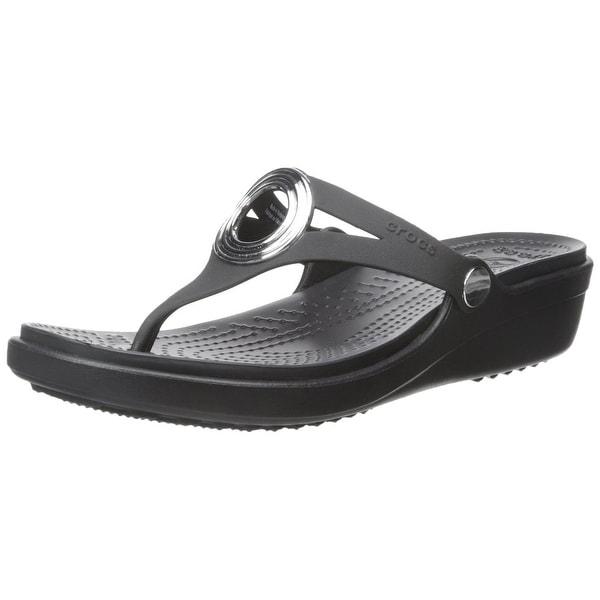 75613b1e433d Shop crocs Women s Sanrah Beveled Circle Sandal