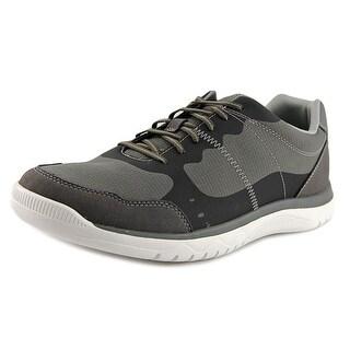 Clarks Votta Edge Men Round Toe Synthetic Sneakers
