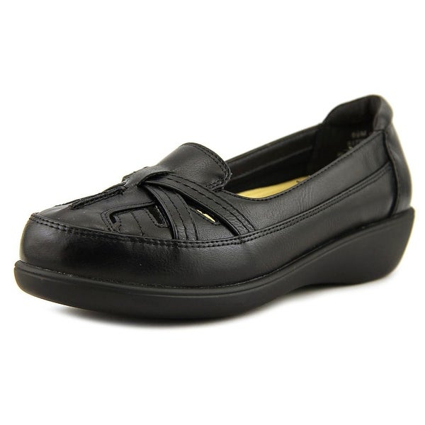 Beacon Avery Women Round Toe Synthetic Loafer