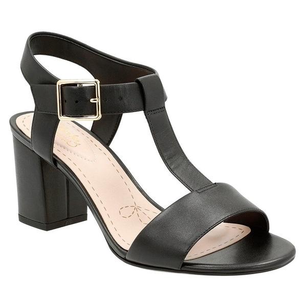 CLARKS Womens Smart Deva Leather Open Toe Casual T-Strap Sandals