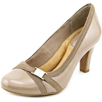 Giani Bernini Womens vollett2 Closed Toe Classic Pumps