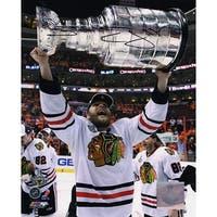 Ben Eager Blackhawks 2010 Stanley Cup Trophy 8x10 Photo