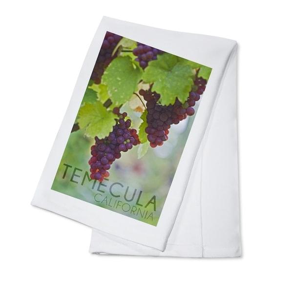 Temecula, CA - Wine Grapes on Vine - LP Photo (100% Cotton Towel Absorbent)