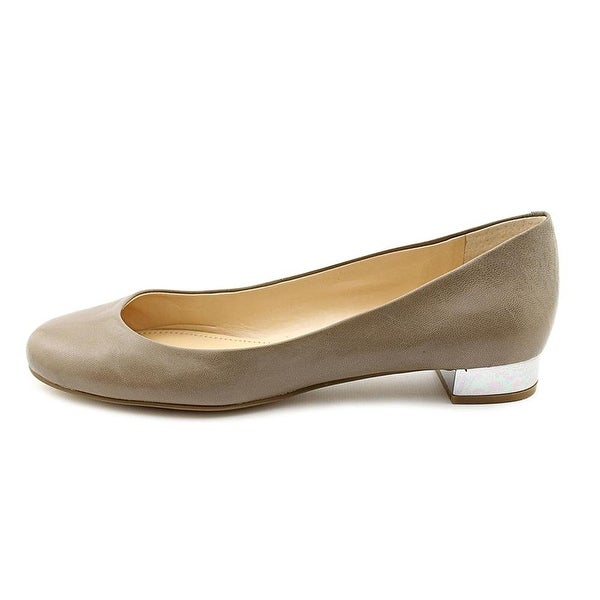 Marc Fisher Womens Scotty Leather Closed Toe Slide Flats