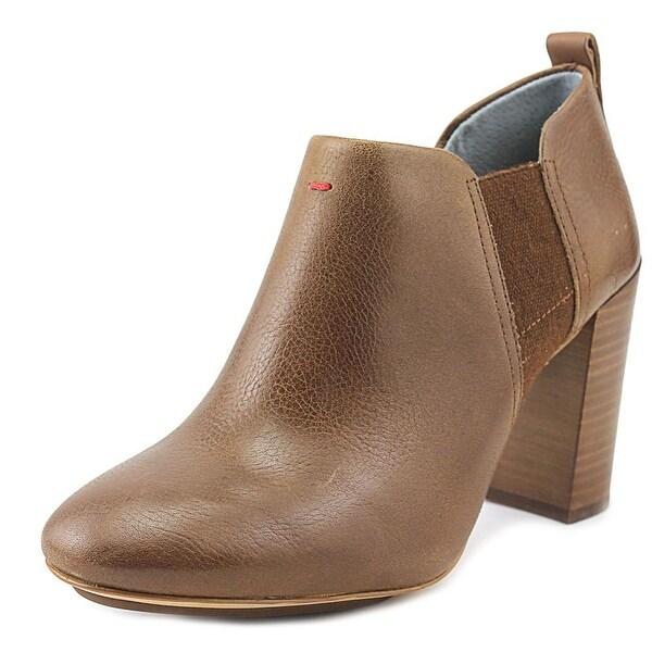 ED Ellen DeGeneres Mahoney Moose Boots