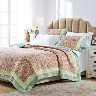 Link to Barefoot Bungalow Palisades Pastel 3-piece Quilt Set Similar Items in Quilts & Coverlets