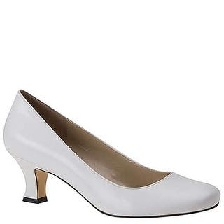 63ca2178aa3 ARRAY Womens Flatter Tris Leather Round Toe Classic Pumps