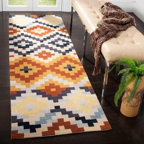 Safavieh Hand-hooked Chelsea Jazmyn Country Oriental Wool Rug