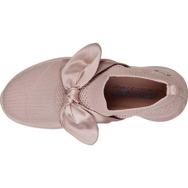 sketchers pink bow