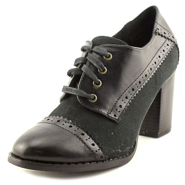 Restricted Tip Top Women Black Boots