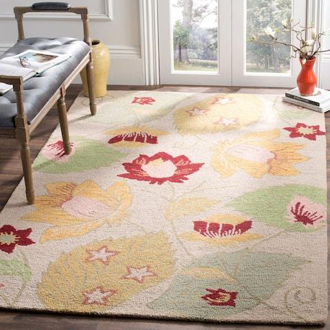 SAFAVIEH Handmade Blossom Berdie Modern Floral Wool Rug