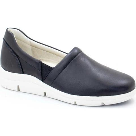 Dromedaris Women's Vicky Slip-On Black Leather
