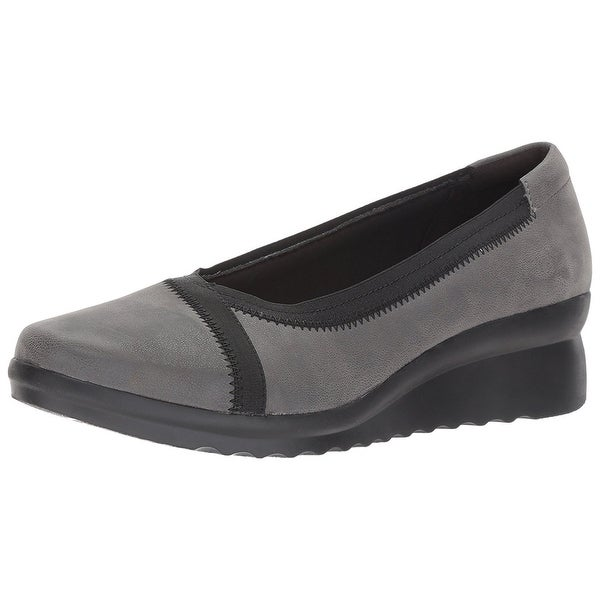 CLARKS Womens Caddell Dash Leather Closed Toe Wedge Pumps
