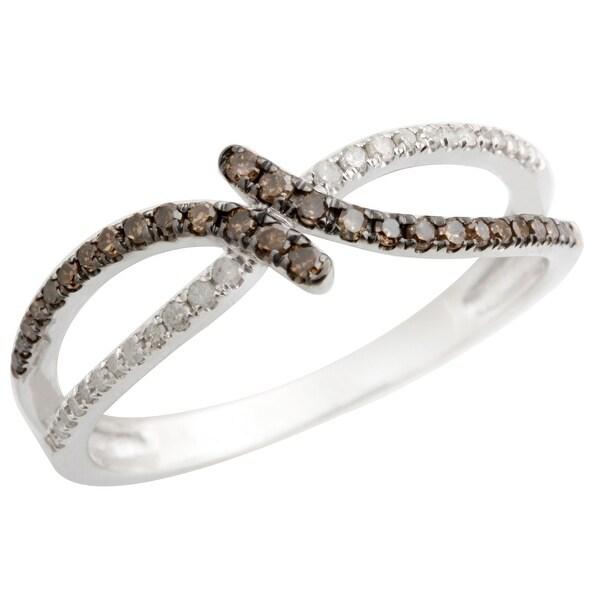 Attractive Round Brilliant Cut Brown Color Diamond with Natural Diamond Designer Ring