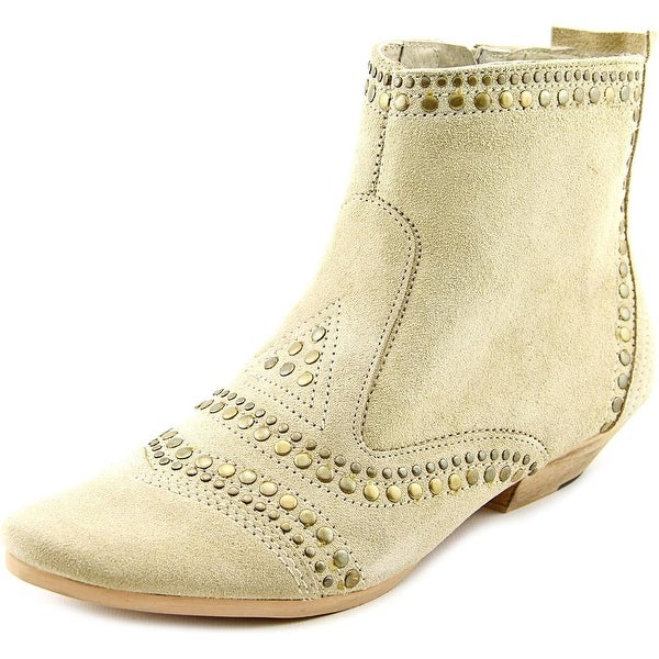 Matisse Sultan Round Toe Suede Ankle Boot