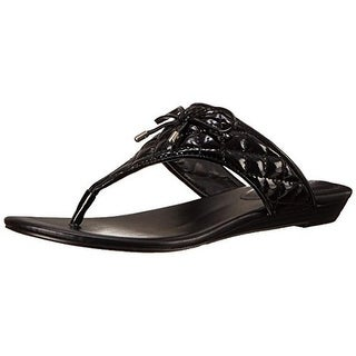 BCBGeneration Womens Alice Patent Bow T-Strap Sandals