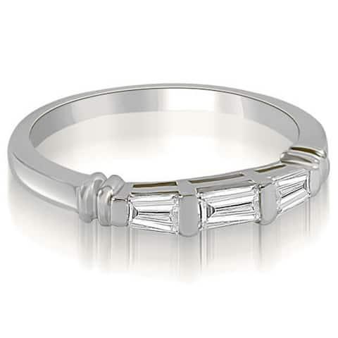 14kt White Gold 0.33 CT Antique 3-Stone Bar Baguette Diamond Wedding Band - White H-I