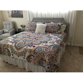 Chic Home Maha 8-Piece Reversible Aqua Paisley Quilt and Sheet Set