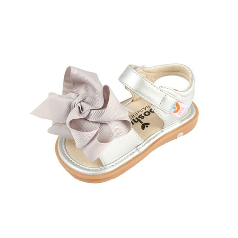 Mooshu Trainers Little Girls Silver Squeaky Cute Bow Strap Sandals