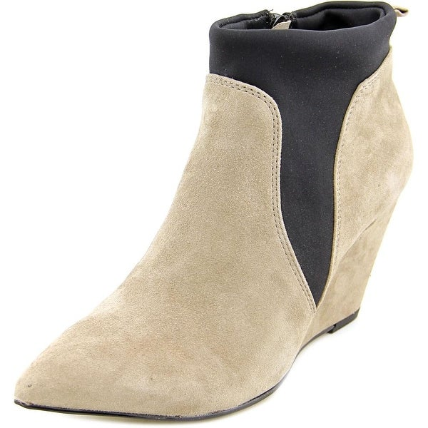Bella Vita Deryn Women WW Pointed Toe Suede Ankle Boot