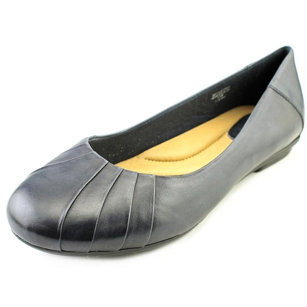 Earth Bellwether Women D Round Toe Leather Blue Flats