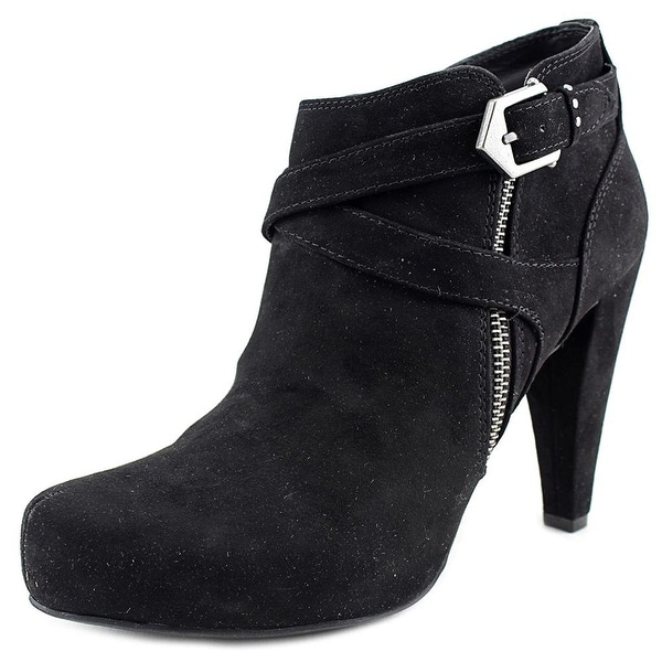 G by Guess Womens Taylin 2 Closed Toe Ankle Fashion Boots