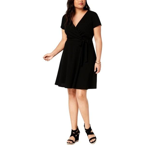 Love Squared Womens Plus Cocktail Dress Short V-Neck - 1X
