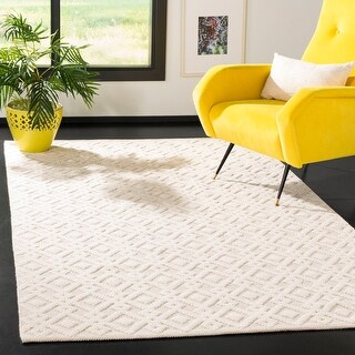 Link to Safavieh Handmade Vermont Iftimia Wool Rug Similar Items in Transitional Rugs