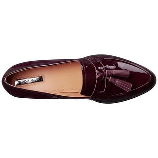 Tahari Womens Looker Almond Toe Loafers