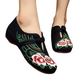 Camellia Old Beijing Embroidered Cloth Shoes black
