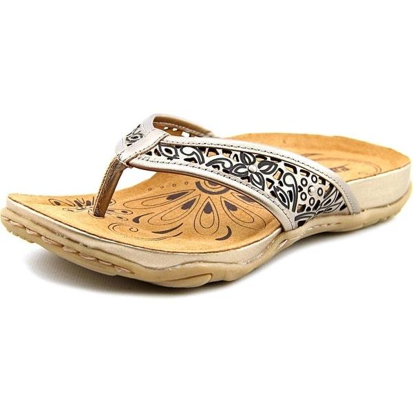 Earth Maya Women  Open Toe Leather Silver Thong Sandal