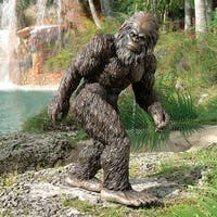 Design Toscano Halloween  Bigfoot, the Garden Yeti Statue: Large