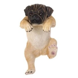 "Climbing Pug ""daisy"" Decor"