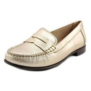 Jack Rogers Quinn Round Toe Leather Loafer