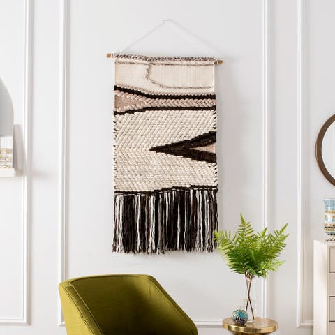 SAFAVIEH Sedona Hand Woven Wall Tapestry 111 - 2' X 3'