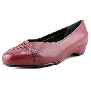 Ros Hommerson Tatum W Round Toe Leather Ballet Flats