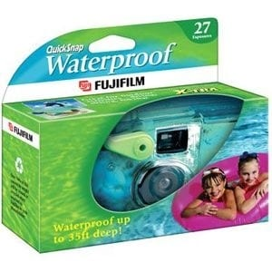 Fuji 7025227 Fujifilm QuickSnap Waterproof 35mm Disposable Camera - 35mm)