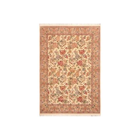 "Kashan Pak-Persian Junita Ivory/Lt. Gold Wool Rug (6'0 x 9'1) - 6'0"" x 9'1"""