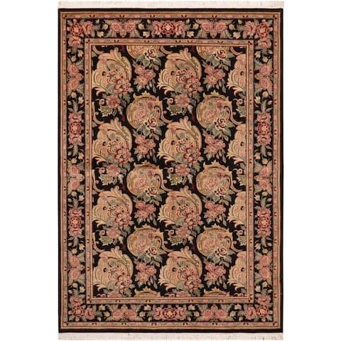 William Morris Pak Persian Joye Wool Area Rug - 6 ft. 1 in. X 9 ft. 1 in.