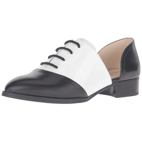 Nine West Womens Nevie Pointed Toe Oxfords