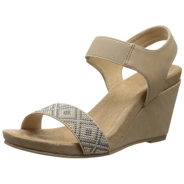 CL by Chinese Laundry Women's The Beauty Wedge Sandal