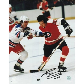 Reggie Leach Philadelphia Flyers Autographed 8x10 Photo Fighting Off A Ranger