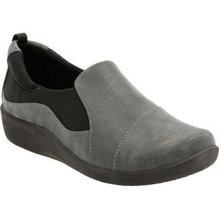 Clarks Women's Sillian Paz Slip-On Grey Synthetic Nubuck