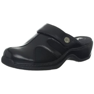 SoftWalk Womens Acton Leather Distressed Clogs