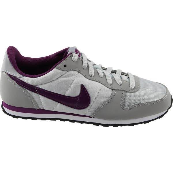Aclarar Barry Frente  Nike Womens Genicco Casual Athletic & Sneakers - Overstock - 22434794